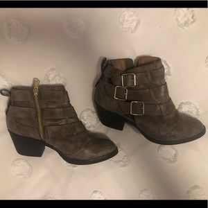 Report Shoes - Report Side Zip Buckle Ankle Booties